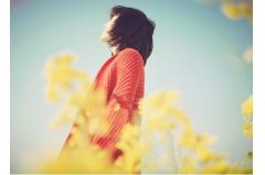 qq空间伤感说说 你熟悉的身影,成了我够不到的回忆